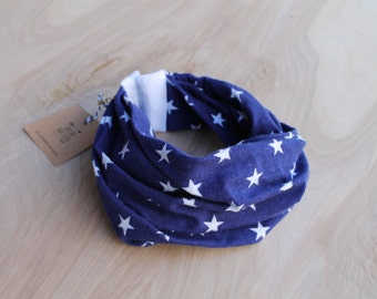 Baby infinity scarf bib- stars blue and white- Americana- patriotic baby clothes- USA American flag- hipster baby circle scarf drool bib