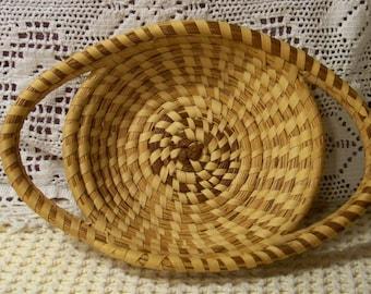Vintage Handmade Charleston Sweetgrass Basket