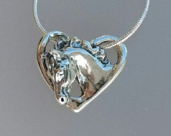 Floating horse head sterling silver pendant free chain equestrian horse Zimmer