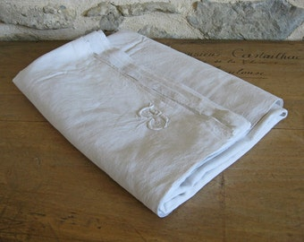 French white linen with monogram - 3 meters of antique sheeting fabric for reworking