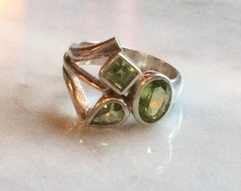 Vintage Sterling Silver Faceted Peridot Ring - Size 7