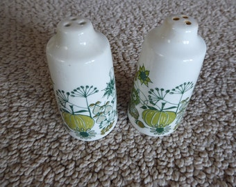 Pair Figgjo Flint Market Turi  Design Green SALT PEPPER SHAKERS Made in  Norway Circa 1960s