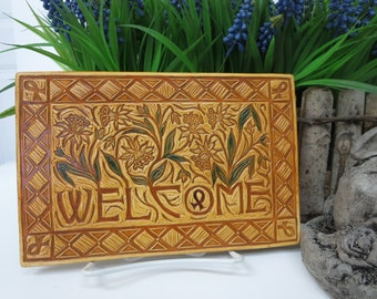 Welcome Daffodils - Ceramic Art Tile © 2007. All rights reserved.