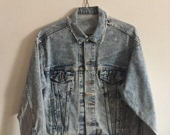 Distressed Levi's Jean Jacket