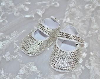 Swarovski Crystal Silver Glitter baby pram bootie crib pre walker shoes with velcro strap - ideal xmas christening present!