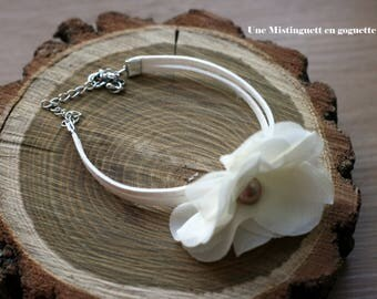 Bracelet off-white chiffon wedding