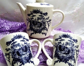 Vintage Serving Set, Coffee/Tea Pot with Mugs by California Pantry in Navy Blue with a Barn Yard Motif, French Toile Rooster and Hen