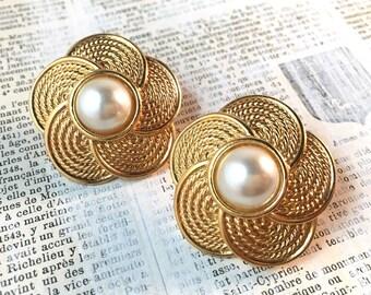 Large Vintage Pearl Button Earrings - NAPIER Retro Eighties Clip Earrings Basketweave Floral