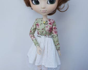 Floral mori style green longsleeve dress by Atelier Milabrocc for Obitsu 27 Pullip