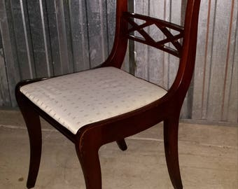 Mid Century Modern Dinning Room Wood Back Rod Chairs