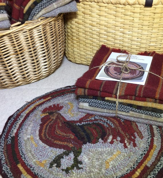 "Primtive Rug Hooking Kit for ""Herald the Rooster"" Chair Pad  14"" Round  K130"