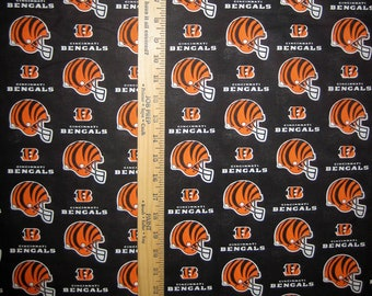Cincinnati Bengals NFL 6229D Black Logo Cotton Fabric by Fabric Traditions! [Choose Your Cut Size]