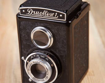Vintage TLR Camera Druoflex 1. Working Film Camera. 120mm film Camera.