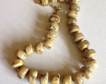 Necklace - large marbled cream plastic beads beaded necklace