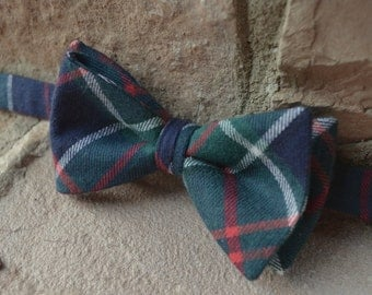 Blue plaid bow tie,flannel bow tie for men,fall fashion, bow ties for men,blue green plaid,fall bow tie