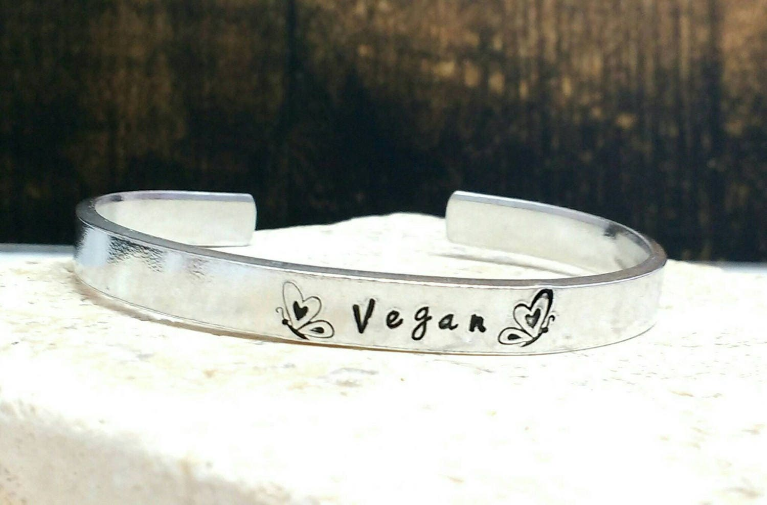 Pretty vegan butterfly bracelet - adjustable - handstamped - aluminium, copper, brass or sterling silver
