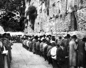 Western Wall, Wailing Wall, Jerusalem, 1929, Praying