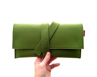 Greenery clutch, greenery pochette, felt pochette, greenery felt clutch, gift, mens gift, womans gift, vegan clutch, made in Italy clutch.