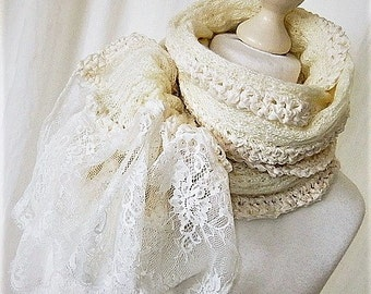 Knit scarf with lace wool white