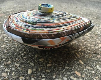 Raindrop bowl with lid