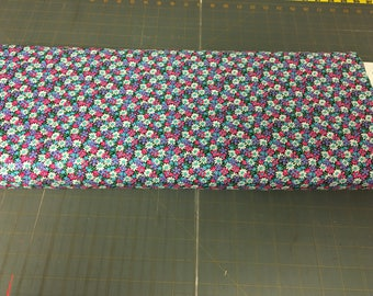 no. 317 CH Packed Daisies Fabric by the yard