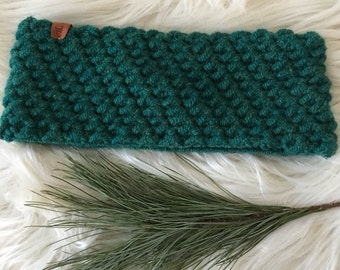 Ready to ship// green ear warmer, winter headband, warm ear warmer, green knitted ear warmer, gift for her, earwarmer, crochet headband