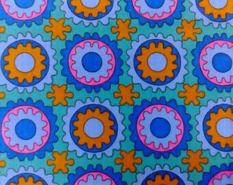 1960S Vintage dekoplus Cogs pattern  cotton fabric