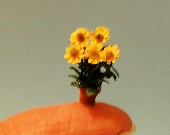 HO (1/87th) inch scale miniature-Sunflowers