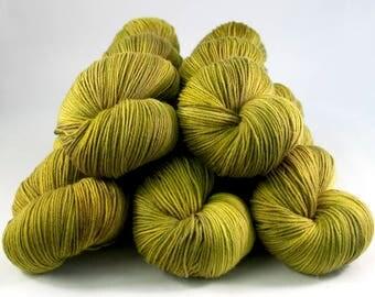 Smoothie Sock merino nylon hand dyed yarn 'Olea'