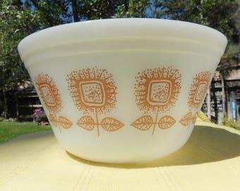 Federal Glass Sunflower Mixing bowl, Flower Milk Glass Bowl