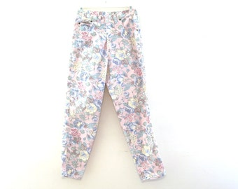Vintage 80s jeans high waisted floral pastel pattern