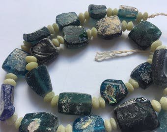 Beautiful Mulicolor Ancient Roman Glass Beads 1000-1500 Yrs Old
