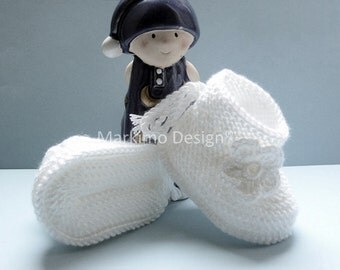 White baby shoes girl shoes baby shoes with white flower white knitted