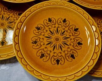 Vintage Dinner Plate Set of 8 Honey Caramel Brown with Black Mandala Design PanchosPorch