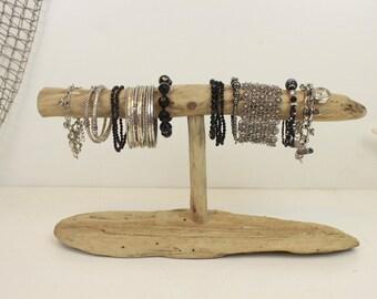 porte bijoux bois flott collier stand de par strollinthebeach. Black Bedroom Furniture Sets. Home Design Ideas