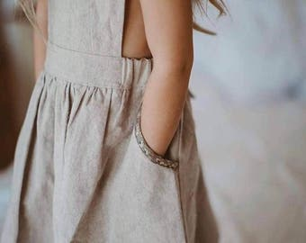 Pinafore Dress / Vintage Pinny / Cotton linen Pinafore / Girls linen pinafore apron dress