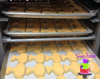 """Award Sugar Cookie 2""""- 12 Sugar Cookies Decorated With Marshmallow Fondant-Party Favors"""