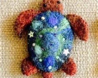 Needle felted Turtle brooch