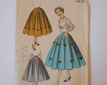 Vintage 1950s Advance 6348 Misses' Gored Skirt Pattern - Waist 28 Hip 37