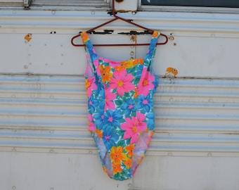 1980s Adorable Floral Swimsuit - Retro Vintage 80s