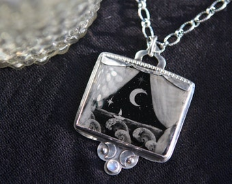 Very Special Image on Black Glass in Hand Fabricated Sterling Silver Setting w/ Semi Precious Labradorite Stone and Beautiful Sterling Chain