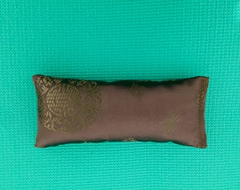 Organic Lavender and Flax Seed Silk Eye Pillow, Flax Seed Eye Pillow, Lavender Eye Pillow, Silk Eye Pillow, Yoga Eye Pillow,Aromatherapy