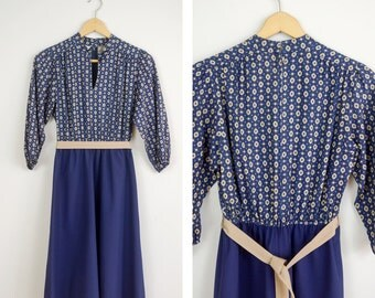 Vintage 70s Shelby Place Dress, Mod Dress, Collared Dress, Flower Pattern Dress,  Brown and Blue, Vintage Thanksgiving Dress, Shirt Dress