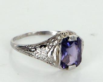 Amethyst Filigree Ring Vintage Deco 14 Karat White Gold Estate Fine Jewelry