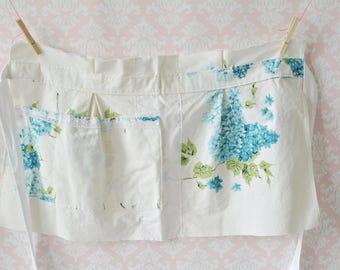 Blueberry Pie Apron - Blue and White Floral Half Apron, Vintage Fabric, Women, Vintage Apron, Baking, Plus Size, Pockets