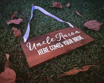 CUSTOM WEDDING SIGN, Custom Wooden Sign, Wedding Wooden sign, Photo Prop, Page Boy Sign, Wedding Gift | 40cm x 28cm