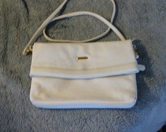 Vintage Folding Handbag, or Purse, White, Handle is Detachable to Make Bag a Clutch, Lots of Room, Sturdy Everyday Handbag, or Fancy Bag