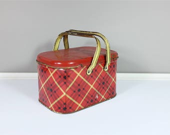 Vintage small metal lunch box with double handle - Vintage box - Collectible tin - Retro lunch box tartan pattern