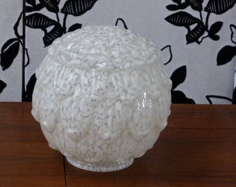 Glass globe of clichy, art deco, lampshade in white speckled glass in the form of petals of flowers