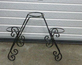Black wrought iron plant door for 3 vintage pots 1950/1960